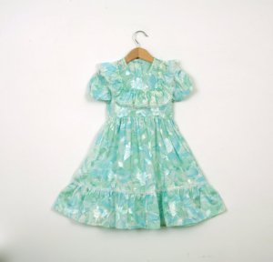 1950s dress, size 3TPhoto courtesy of Udaskids, Etsy