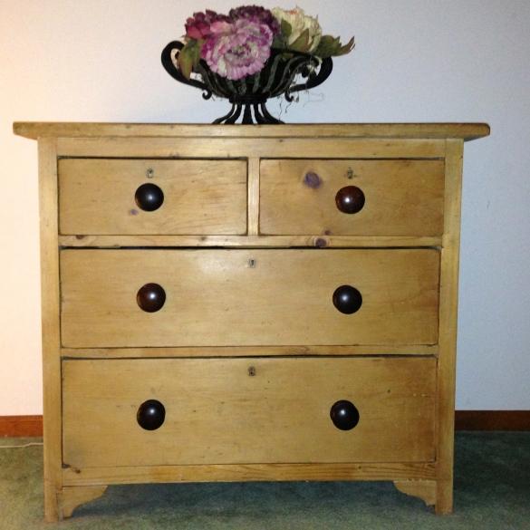 pine furniture manufacturers