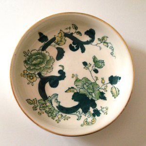 """Mason's ironstone pin dish, circa 1980s, """"Chartreuse"""" pattern."""