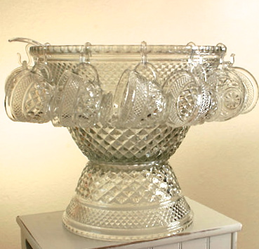 The Wexford punch bowl set was often sold in Wal-Mart stores in the 1960s. Photo courtesy of Maryjane832, Etsy
