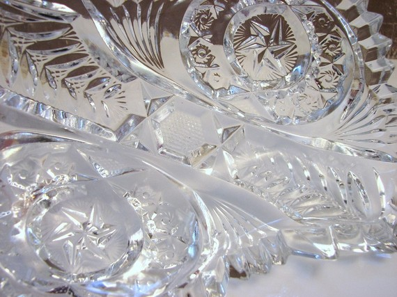 "Detail of a ""Nortec"" relish dish. Photo courtesy of GritsGirlz, Etsy."